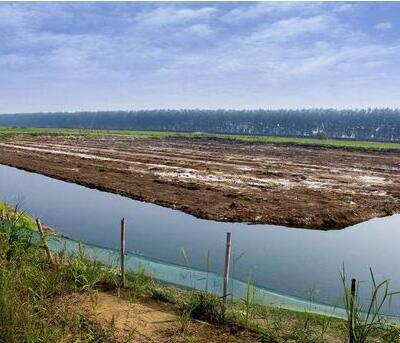 哪一个月新建小龙虾养殖池塘比较好
