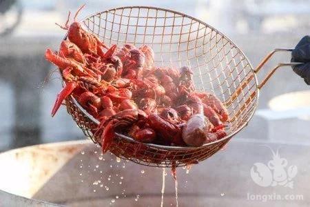 小龙虾与哈夫病有关?到底能不能吃?专家如此说!(组图)