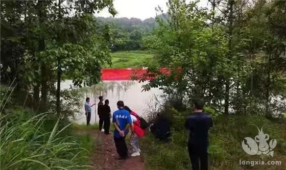 安坪镇桐榆林村:小龙虾养殖技术培训助力乡村振兴