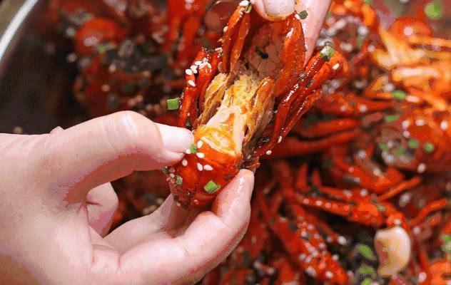潜规则:死亡后发臭的小龙虾最后都到哪里去了?